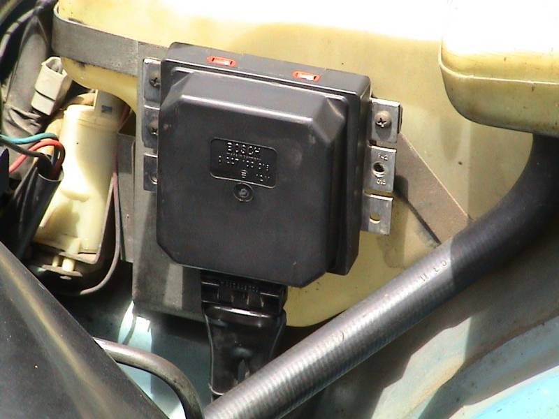 Supression Relay also S L moreover File additionally D Wiring Diagram Fusejump likewise Fuelpumprelay. on volvo 740 fuel pump relay